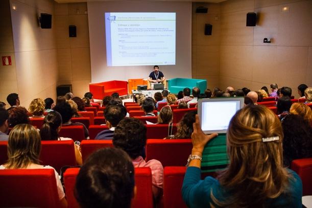 Urko Fernández diserta sobre necesidad de incorporar videojuegos tablets y smartphones en el aula