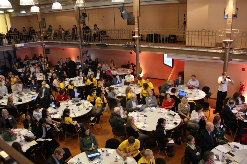 Participantes del Foro Safer Internet celebrado en Bruselas