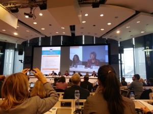 La vicepresidenta de la Comisión Europea, Viviane Redding, comparte la visión de la Unión Europea en la lucha contra el Cyberbullying